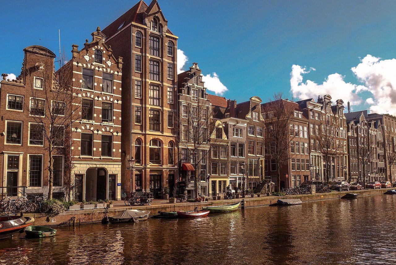 gay guide amsterdam